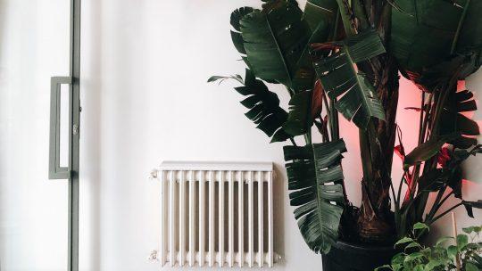 Bespaar energiekosten met een kamerthermostaat